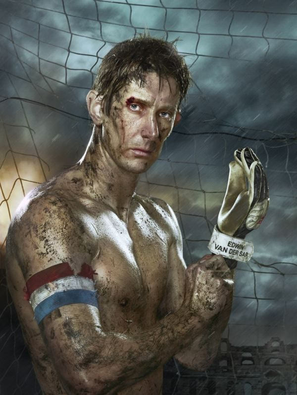 Photographer Erwin Olaf portrayed Dutch football players as gladiators. Edwin van der Sar