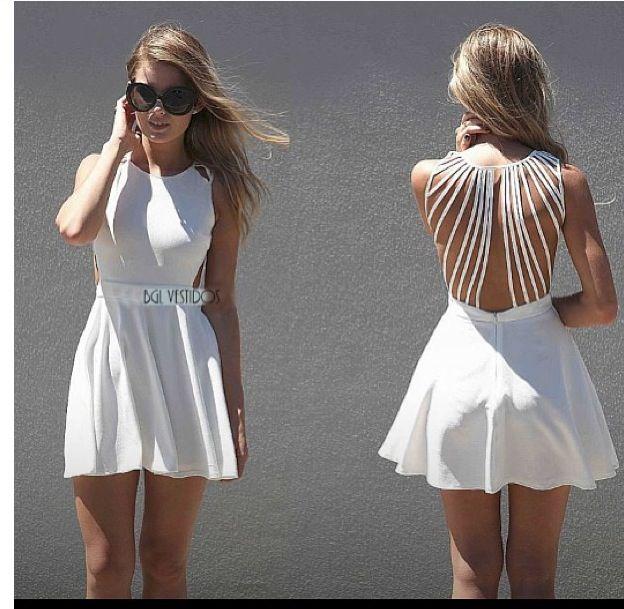Vestido, amo la espalda