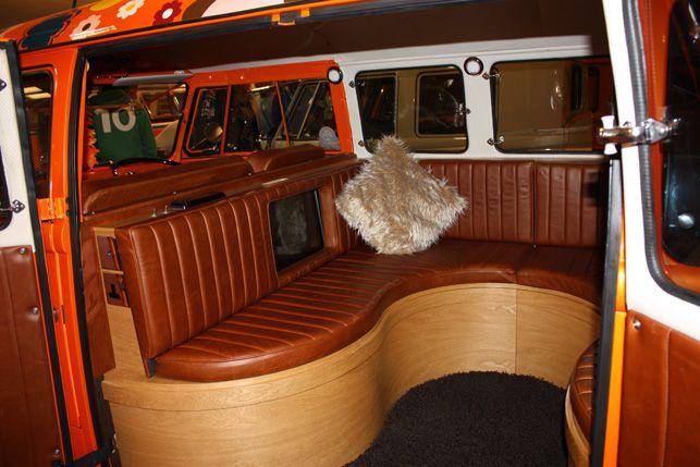 17 best images about vw campervan on pinterest car for Vw kombi interior designs