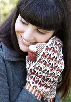 Fox in the Snow Mittens - free pattern