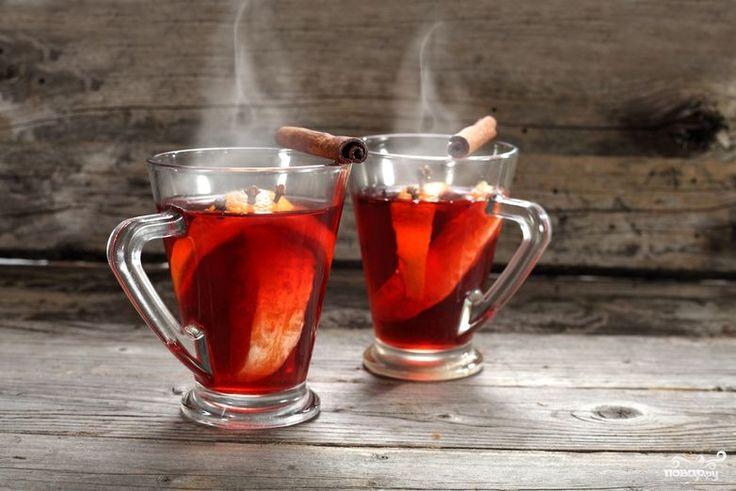 Готовится такой коктейль немного сложнее обычного смешивания, вкус его, соответственно, ярче и интереснее. Попробуйте рецепт, как приготовить коньяк с вишневым соком. Уверены, что вы не пожалеете. Читать далее: http://kareliyanews.ru/konyak-s-vishnevym-sokom/