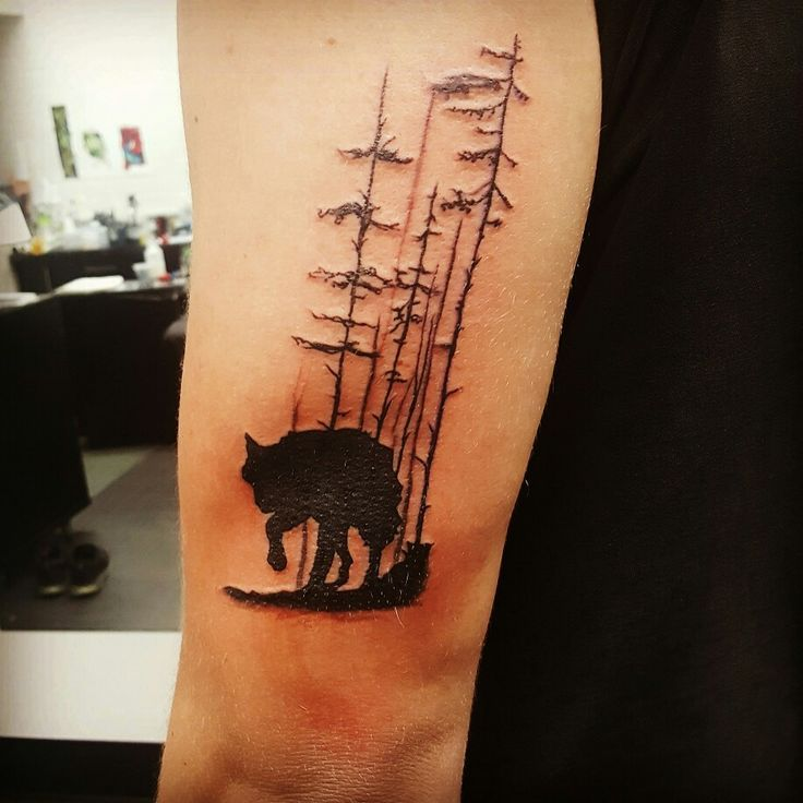 14 best lone wolf tattoo images on pinterest lone wolf tattoo wolf tattoos and design tattoos. Black Bedroom Furniture Sets. Home Design Ideas