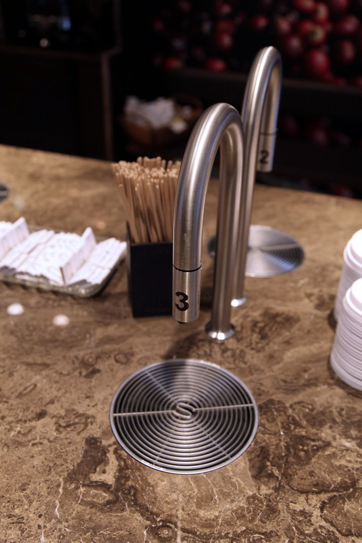 Let the TopBrewer cafe come further into your home with a modern touch to having your coffee #CoffeeLovers #ModernLuxury #LuxuryInteriors #InteriorDesign