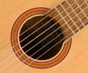 les 25 meilleures id es de la cat gorie art de la guitare sur pinterest instruments design de. Black Bedroom Furniture Sets. Home Design Ideas