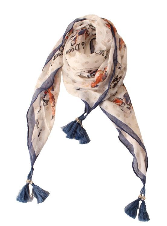 Tiffany, ilkbahar-yaz Koleksiyonu ile moda tutkunlarına şıklık ve rahatlığın tam ortasında enerjik bir yaz geçirmeyi vaat ederken, her şeyin en güzelini hak eden annelerimiz için 50TL'lik alışverişlerde şal hediye ediyor.