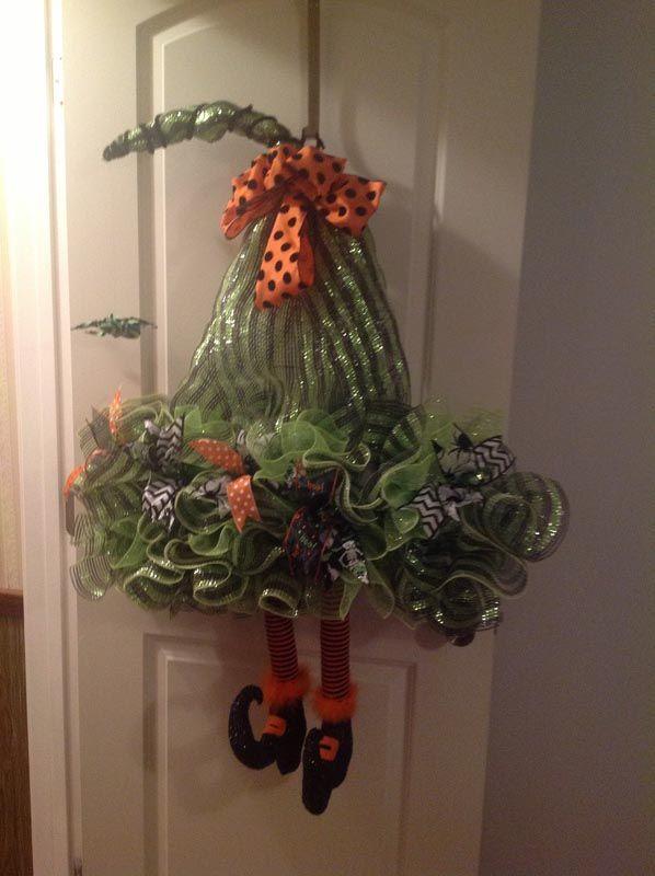 Wreath created by Ellen Doiron Orange ribbon purchased http://www.trendytree.com #trendytree #halloween