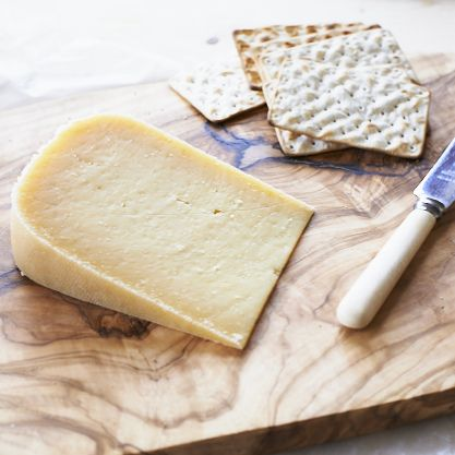 Old Winchester cheese: crystalline and powerfully strong. Buy online and find out more about Mike and Judie Smales's Lyburn artisan farmhouse cheese.