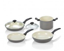 The Delimano Cookware Set