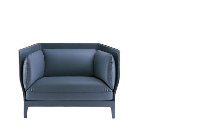 Poltrona Frau Alone Poltrona Frau Alone, een fauteuil van PLAN@OFFICE ontworpen door Poltrona Frau.