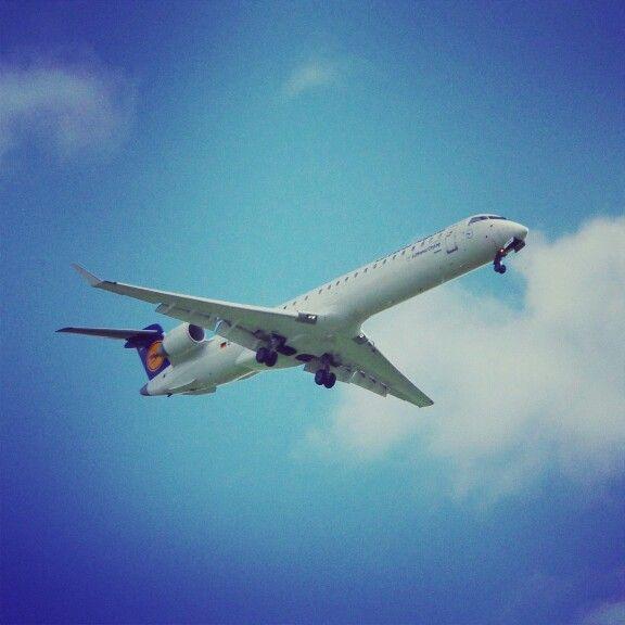#lufthansa #canadair #CRJ9 #EPWR #wrocław #wroclaw #spotting #planespotting #plane #polska #poland
