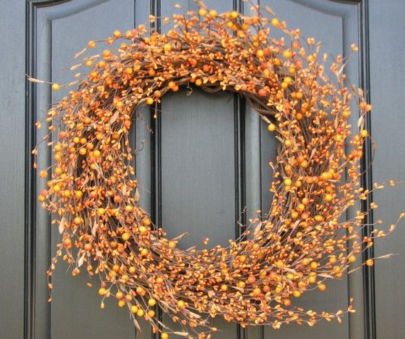 Hgtv Front Door Fall Decorations: HGTV Magazine 2019 November Issue, Orange Berry Wreath
