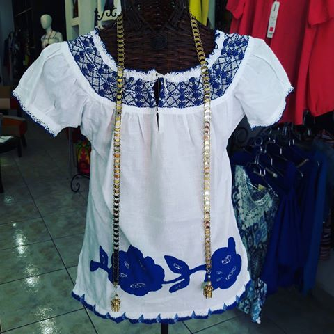 #camisola con #talcoensombra #royalblue #azulelectrico  Talla M Consulta de precios al 62036483