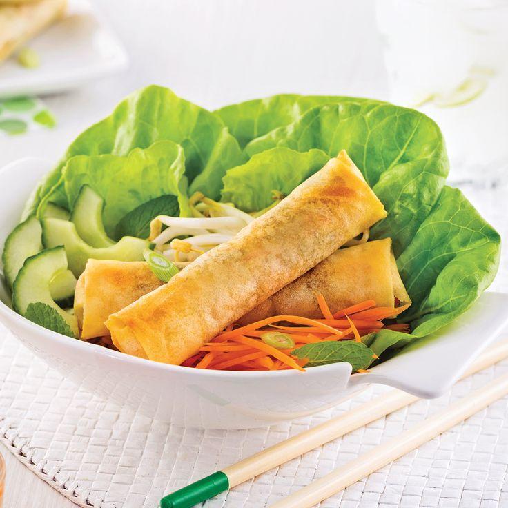 Vous ne pouvez y résister lorsqu'il y en a surle menu? Apprenez à concocter des rouleauximpériaux maison pour ouvrir en beautévos festins à l'asiatique!