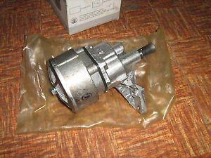 Uaz Wolga Gaz 24 M21 Ölpumpe New | eBay
