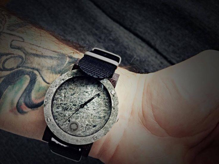 Zegarek serii Raw Double Silver - Heban