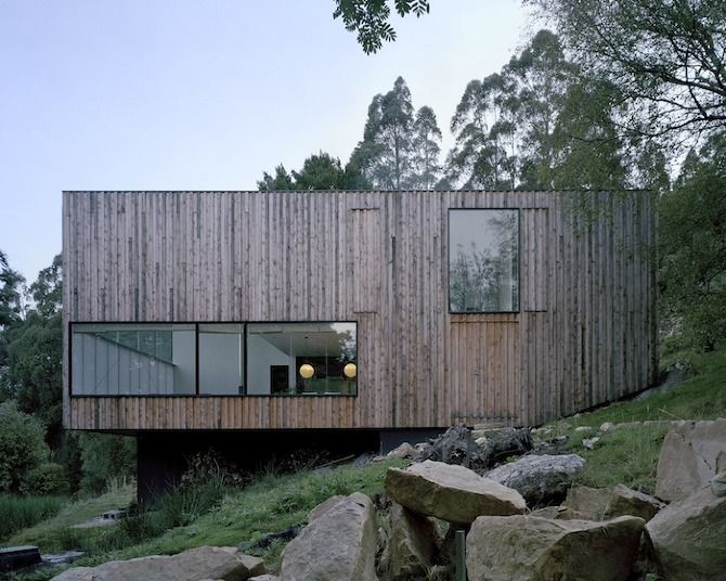 The Little Big House is located upon the eastern slopes of Mount Wellington, high above Hobart in Tasmania. Photographer: Ben Hosking