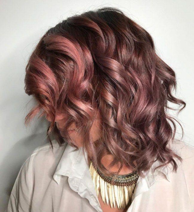 Tagli capelli lunghi scalati 2017: acconciature e tendenze per l'autunno inverno