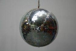 Discobol (omtrek: 150 cm) Prijs: € 15,00 exclusief BTW - € 18,15 inclusief BTW.