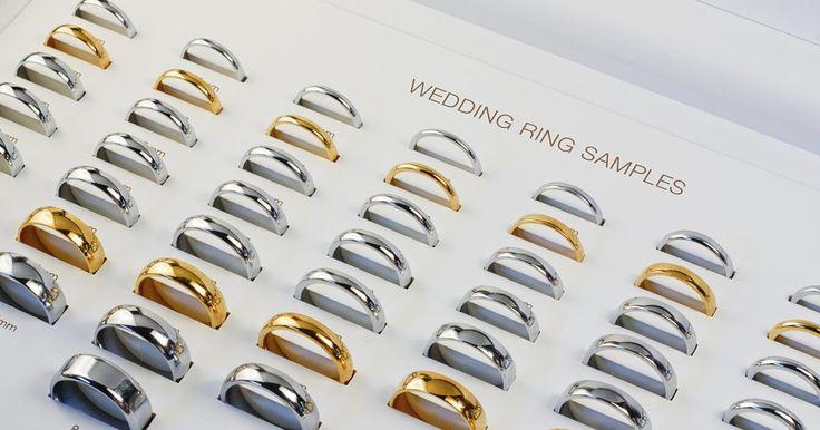 ¿Cuál es el tamaño más común de anillo?. El tamaño más común de anillo en Estados Unidos es diferente para hombres y mujeres. El tamaño medio de anillo para hombres es de 10 a 11, mientras que el de las mujeres es de 6 a 7. La mayoría de los joyeros tienen un gráfico de tamaños de anillo para que puedas encontrar el tamaño adecuado.