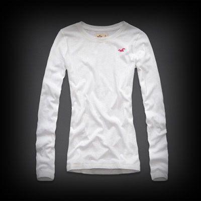 Hollister レディース Tシャツ  ホリスター Moonlight Beach T-Shirt ニット Tシャツ  ★シンプルなデザインなので1枚持っていると着回しができて便利。  ★コットン-60% ポリエステル-40% でやわらかく肌ざわり着心地バツグンのレアなTシャツ!