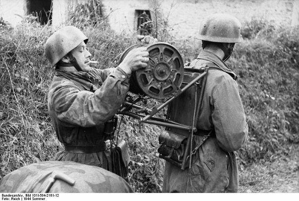 Fallschirmjäger - 1944