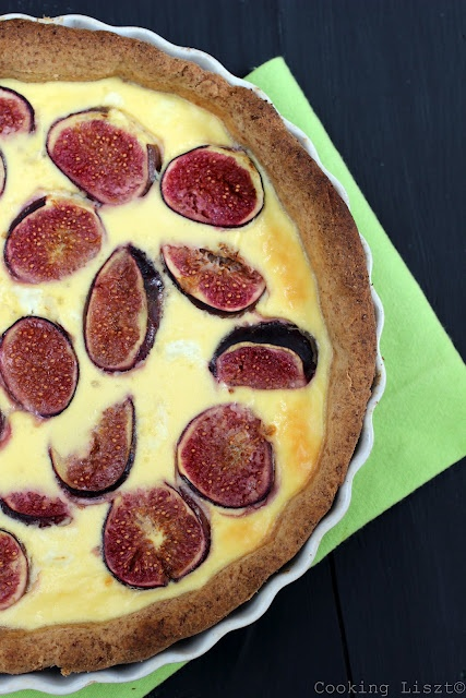 Quiche with figs and goat cheese