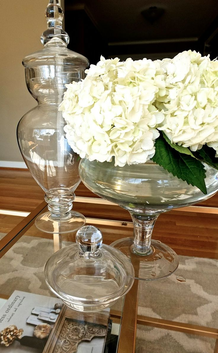 Use your Apothecary Jars like these from HomeGoods as vases for a fun Spring update to your decor. #HomeGoodsHappy #HappyByDesign #sponsored