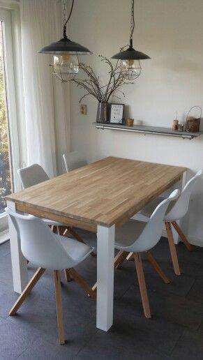 17 beste idee n over witte eetkamer stoelen op pinterest for Witte moderne stoelen
