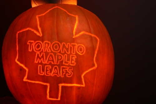 Toronto Maple Leafs pumpkin