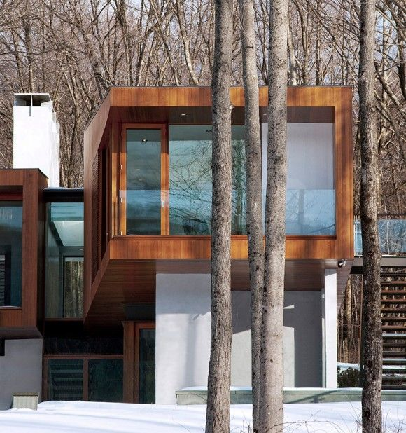 4.резиденция окружена деревьями
