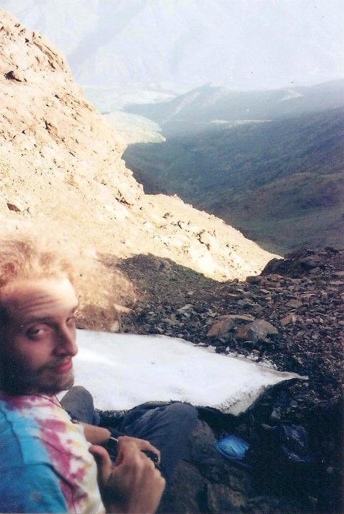 nieve en noviembre del 2010, con vista a la parte trasera del cerro minillas