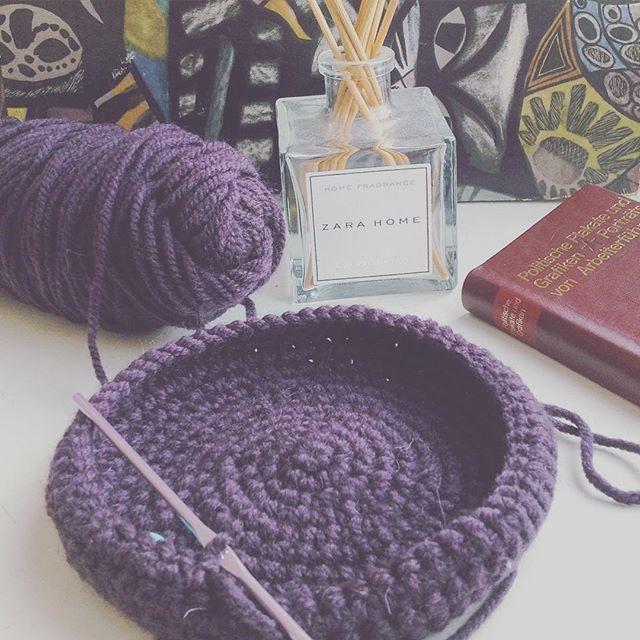 Может тарелочек для дома навязать   #crochet #crocheting #вяжутнетолькобабушкиноимамочки