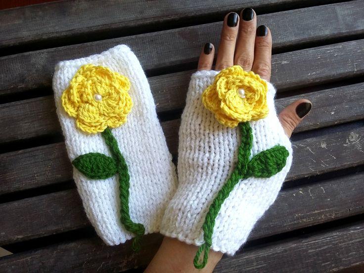 Fingerless Women, Crochet Gloves, Women Knitted Gloves, Hand Knitted Gloves, Winter Knitted Gloves, White Knitted Gloves, Winter Gloves by MimosaKnitting on Etsy
