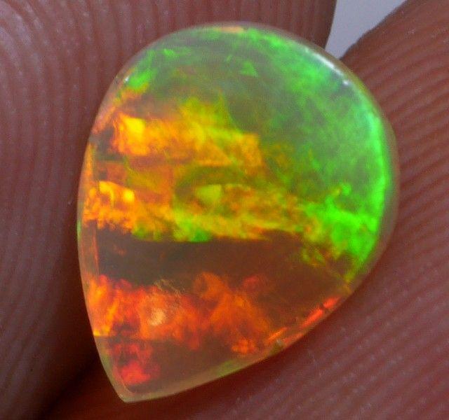 International Opals 8 x 6 x 2mm 0.8 carats Auction #634789 Opal Auctions