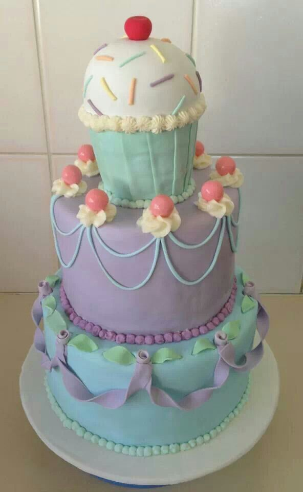 Amazing 16th Birthday Cakes 442 best images about ...