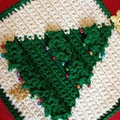 Christmas Tree Potholder by Doni Speigle Ravelry.com/Pattern/Library