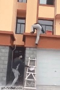Chinese ladder prank | Gif Finder – Find and Share funny animated gifs