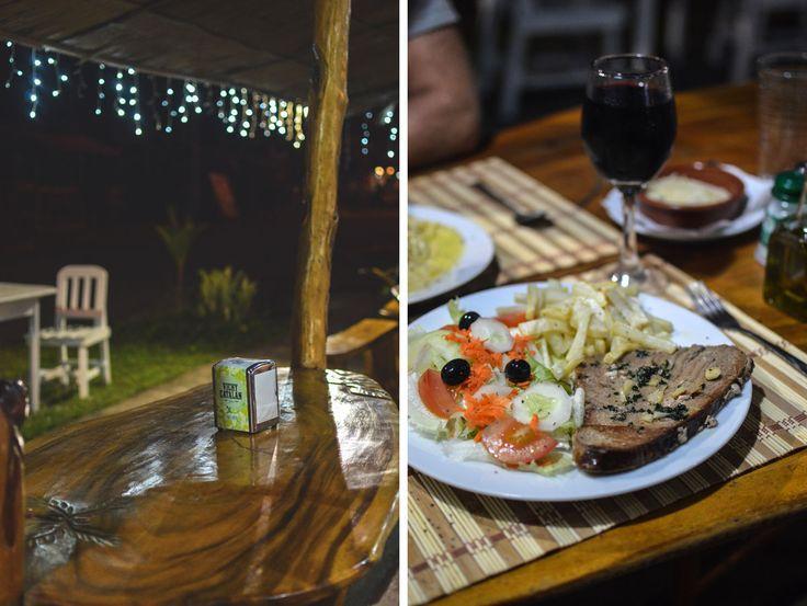 El Cangrejo Loco in Cahuita, Costa Rica | heneedsfood.com