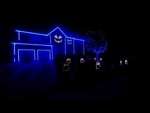 Ultimate Halloween light show? House 'lip-syncs' to Macklemore's 'Downtown' - TODAY.com