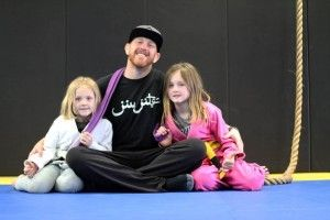 Epi 115 Chris Martin and BJJ 4 Change Chris Martin is one of the founding members of BJJ4CHANGE. Chris has a long history of doing martial arts and a big passion for Brazilian Jiu-Jitsu. This episode we will talk about BJJ 4 Change, an organization that is dictated to helping kids through BJJ.