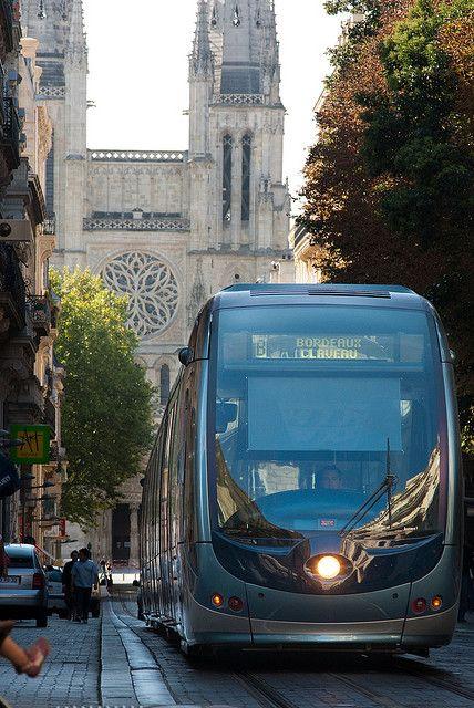 Bordeaux Tramway, France http://www.tourisme.fr/93/office-de-tourisme-bordeaux.htm