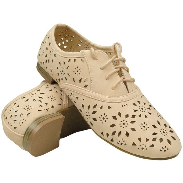 Womens Ballet Flats Tribal Eyelet Cutout Shoe Laces Nude SZ 6 ($20) ❤ liked on Polyvore featuring shoes, flats, zapatos, nude, wingtip shoes, floral flats, nude flat shoes, nude ballet flats and nude shoes