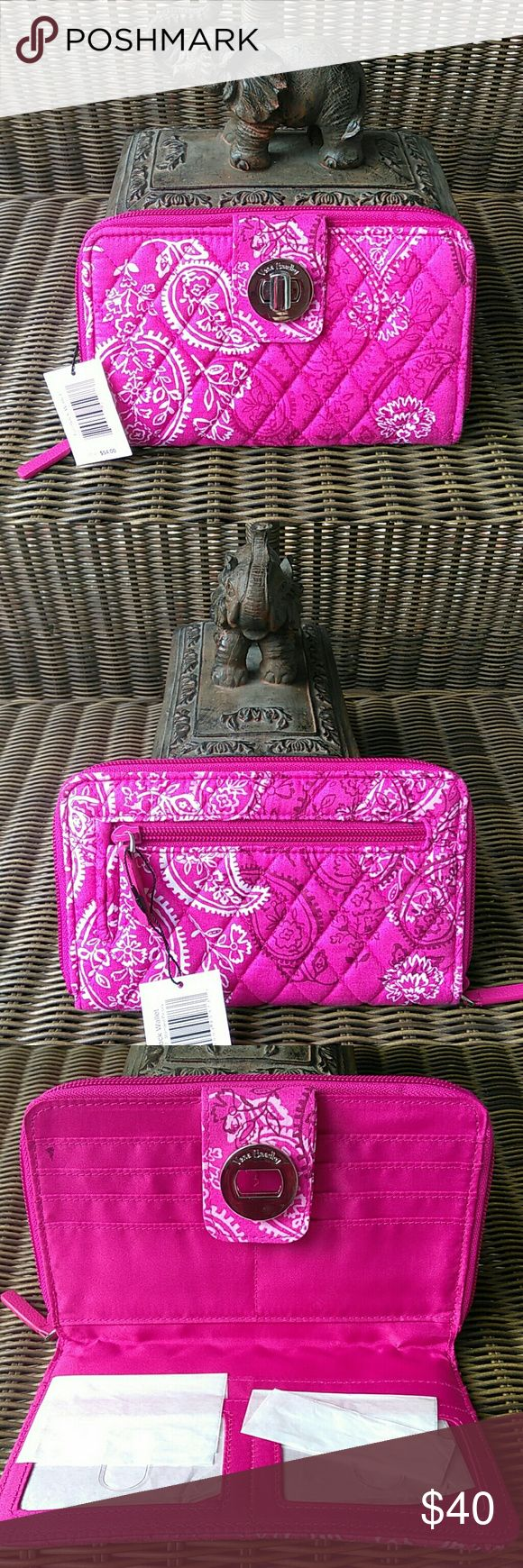 🆕 Vera Bradley Turnlock Wallet in Stamped Paisley Fashion meets function in t…