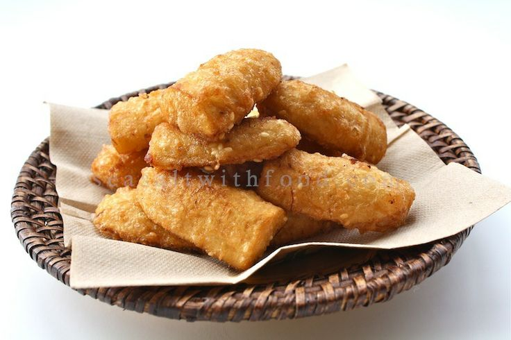 Thai Style Deep-Fried Bananas...very very yummy. Made them and served with a caramel sauce and icecream