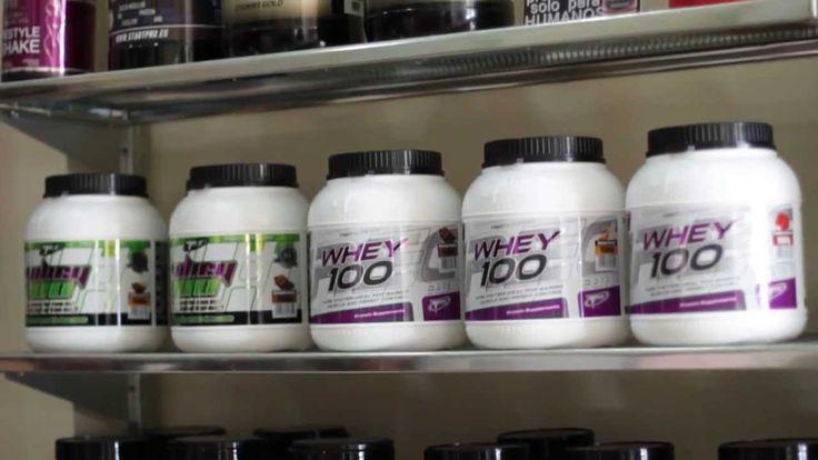 Vitamins Protein - Suplementos deportivos en España Para más información sobre Vitamins Protein visita: http://www.vitaminsprotein.es/  En Vitamins Protein tenemos los mejores suplementos deportivos, puedes encontrar, tus proteínas aminoacidos, creatina, etc para aumentar tu rendimiento deportivo o mejorar tu salud. Contamos con una experiencia de 5 años en el sector de la nutrición deportiva y contamos con dos tiendas físicas en Málaga.