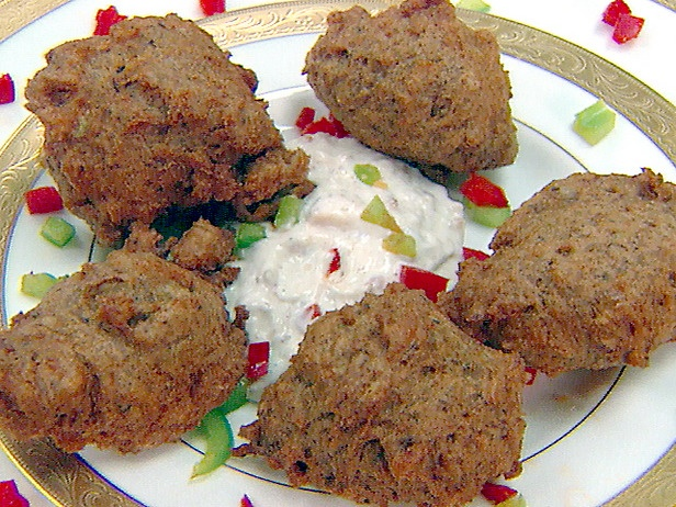 Google Image Result for http://img.foodnetwork.com/FOOD/2004/05/14/be1f13_black_eyed_pea_fritters_lg.jpg
