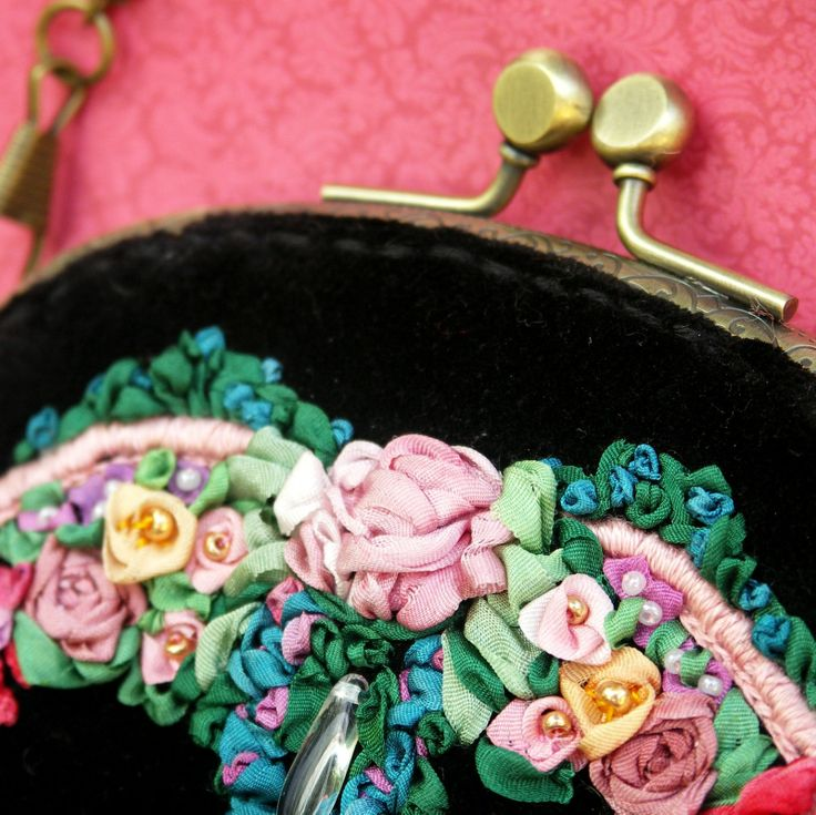 Art nouveau style handbag