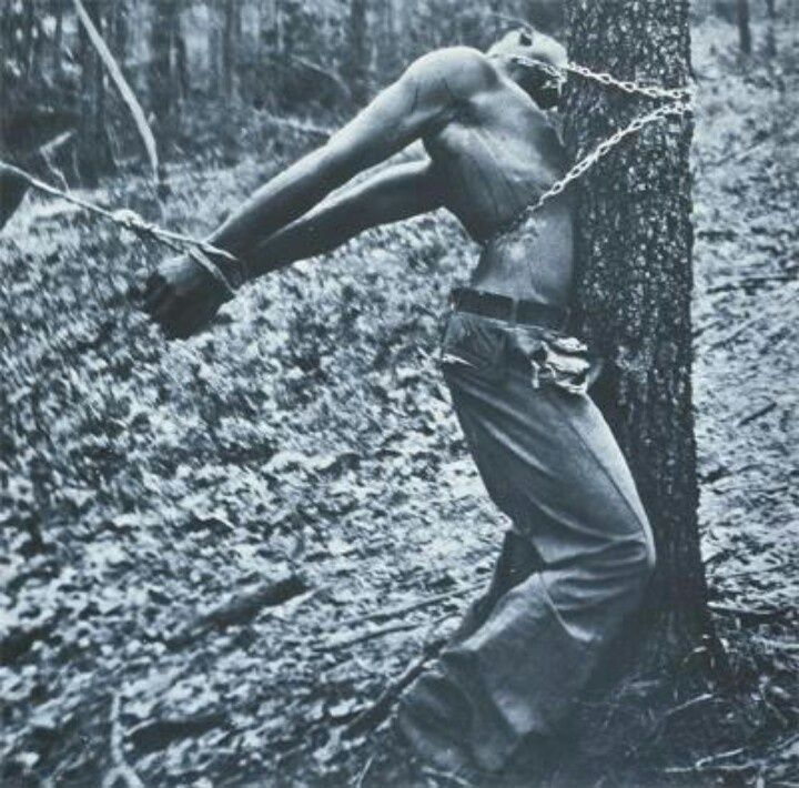 Black man being tortured, Mississippi, 1937 - Lynching in the United States 18  Best of Web Shrine