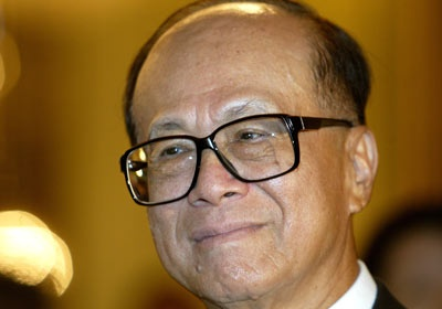 Li Ka-shing, (Hong Kong) Fled a turbulent China in 1940; settled in Hong Kong. At age 15, after the death of his father, was forced to leave school to work at a plastics factory. Later borrowed money to manufacture plastic flowers; eventually grew his Cheung Kong Industries into a conglomerate with stakes in supermarkets, property and cell phones. Old Hong Kong joke said that for every dollar spent in Hong Kong, five cents went to Li. Dubbed ''Superman,'' knighted by Queen Elizabeth.