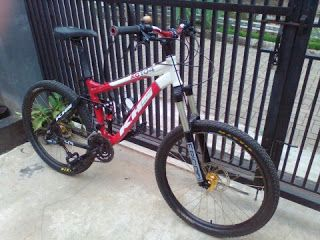 Full Suspensi VS Hardtail (Ekor Keras)